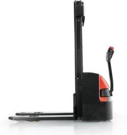 Gerbeur électrique accompagnant EP 1600 kg