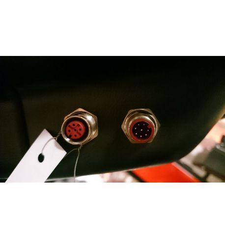 Sortie pour branchement appareillage électronique