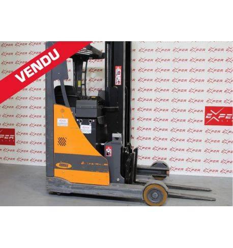 Chariot élévateur électrique mât rétractable OMG 1400 kg