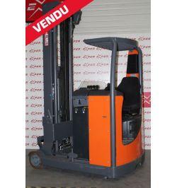 Chariot élévateur rétractable d'occasion OMG 1400 kg