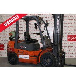 Chariot élévateur gaz HELI 2500 kg - CPYD25