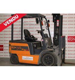 27589 - Chariot élévateur électrique OMG 3000 kg