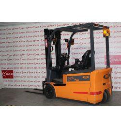 Chariot élévateur électrique frontal OMG 1800 kg