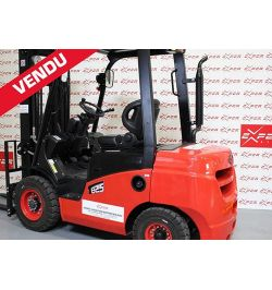 Chariot élévateur diesel d'occasion EP 2500 kg
