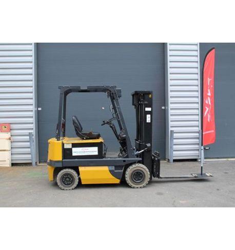 Chariot élévateur électrique TCM 2500 kg