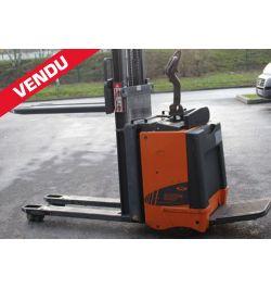 Transpalette électrique 320P4 2000 kg